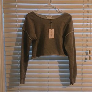 NWT Lovers+Friends cropped grey sweater